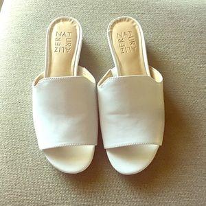 Naturalizer Sandals size 5M 👡